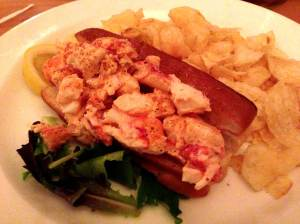 side street cafe lobster roll