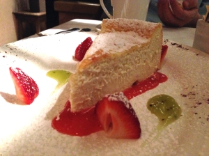 queen ricotta cheesecake